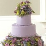 7 Ways Cake Flowers 2 150x150 7 Ways to Use Flowers in Your Wedding