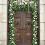 Doorway Accent 150x150 4 Ideas To Add Floral Decor To Your Entryways