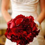 Monochromatic Red Bouquet 150x150 Choosing a Monochromatic Bridal Bouquet