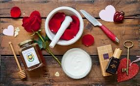 What to do with Rose Petals - face mask