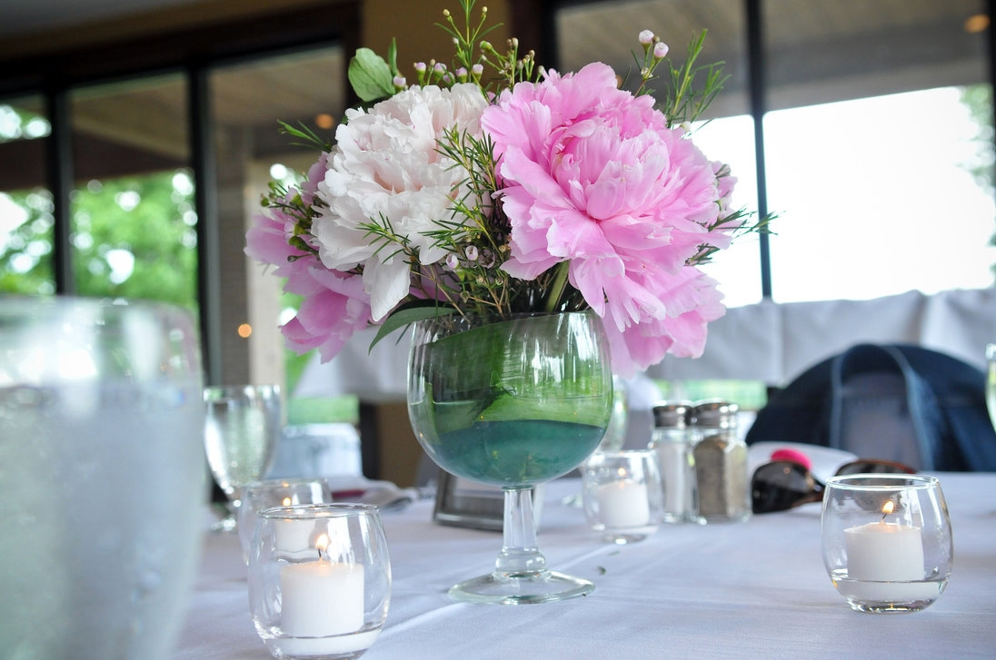 Guide to buy peonies for your wedding day junglespirit Images