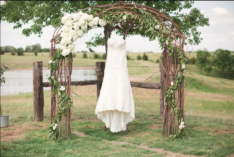 15 Best Floral Wedding Altars Amp Arches Decorating Ideas