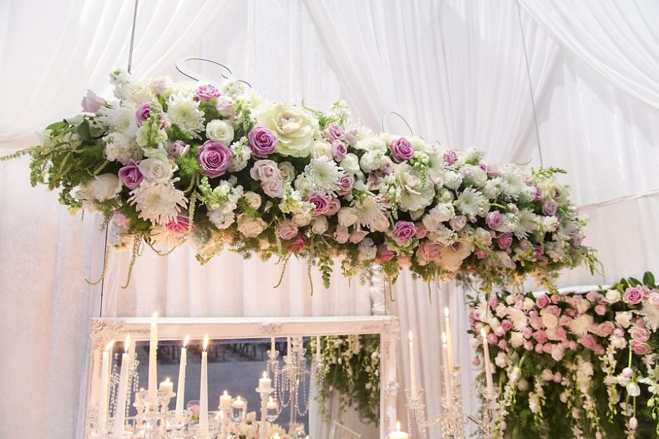 Here's why you should buy wedding flowers online