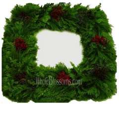 Arbovida Fresh Cut Squared Wreaths