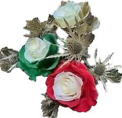Holiday Bicolor Green And Red Rose With Thistle Centerpiece