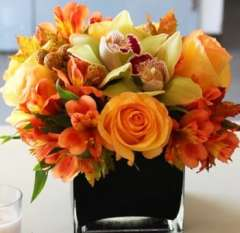 Simple And Sweet Autumn Arrangement