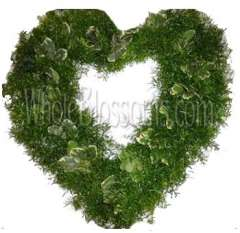 Springeri-Variegated Pittosporum Heart Wreath