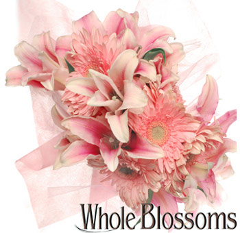 Signature Gerbera And Lily Flower Centerpiece At Wholesale