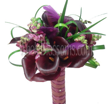 chocolate-mini-callas-wedding-flowers