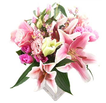 Light Pink Spring Rose Lily Bouquet