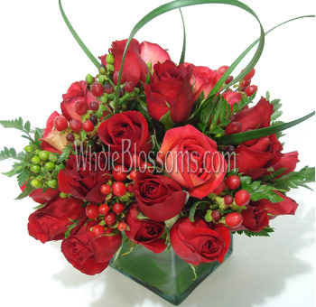 Red Rose Wedding Centerpieces   Whole Blossoms