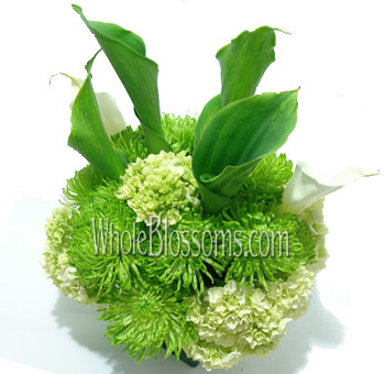 Green Spider Mums and Callas Wedding Centerpieces