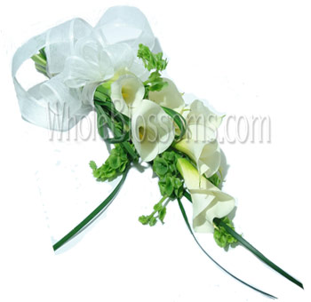 White Hand-Tied Calla Bridal Bouquet