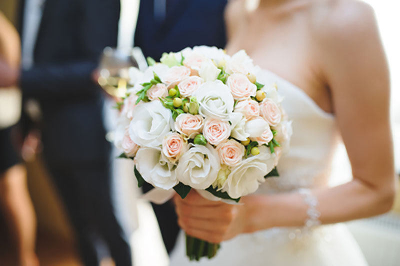 Elegant and inexpensive wedding flowers for your special day junglespirit