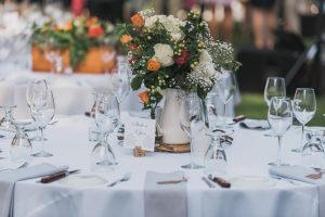 rose wedding table arrangements
