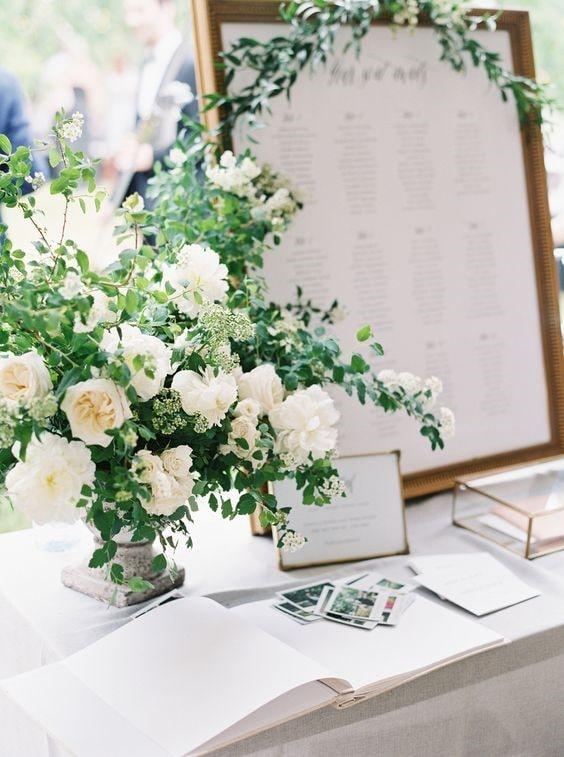 White flowers arrangements