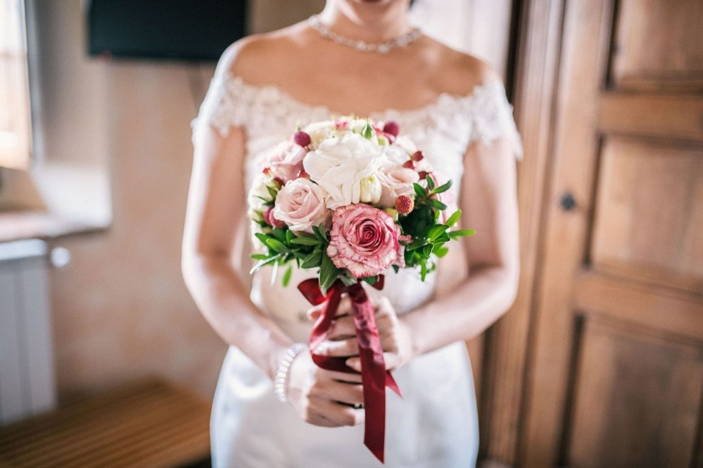 Charming Rose wedding Bouquets