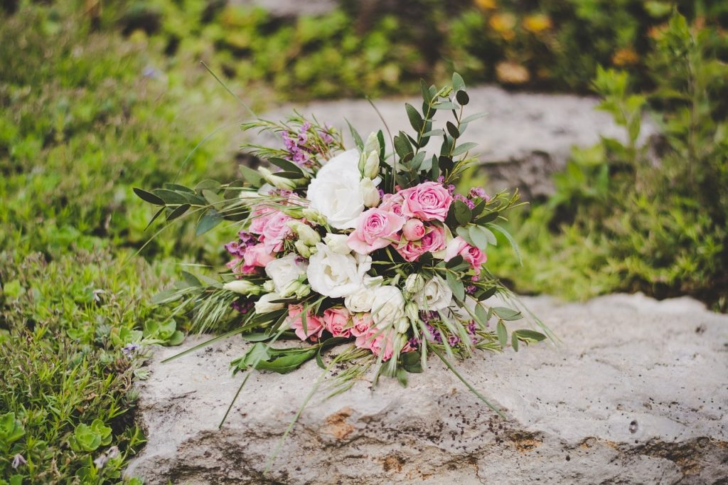 Natural Fall Wedding Bouquet