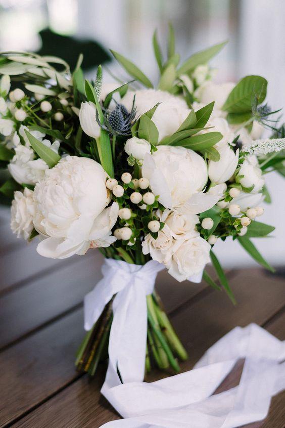 wedding bouquet wholesale roses