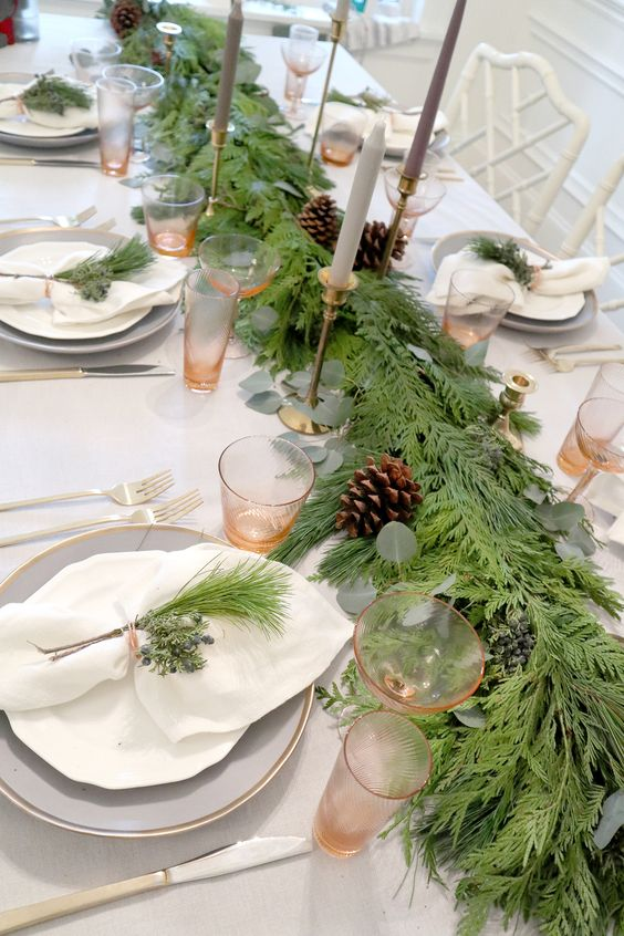 Table Decoration with Garland