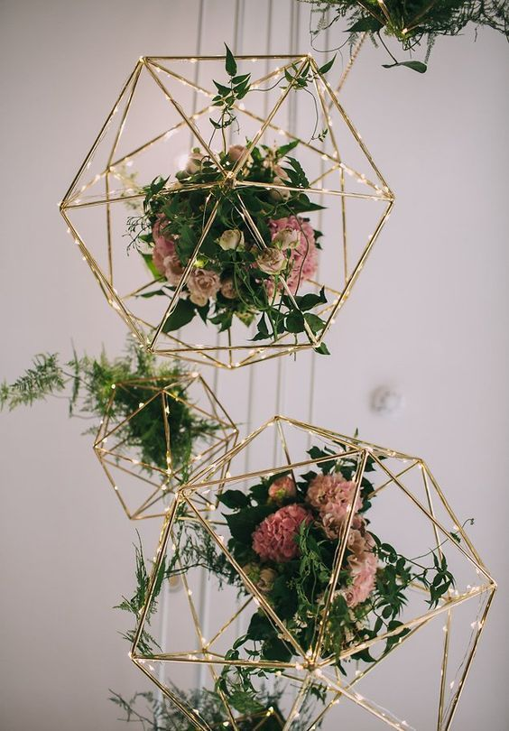 floral trends for wedding decoration