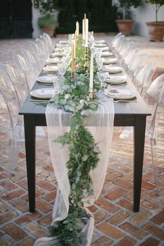 Table decoration with seeded eucalyptus