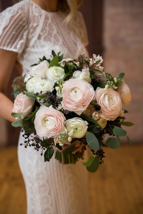 Ranunculus wedding flowers and bouquets