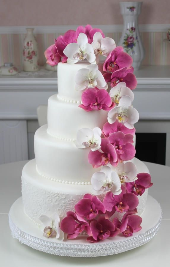 orchid in wedding cake decorations
