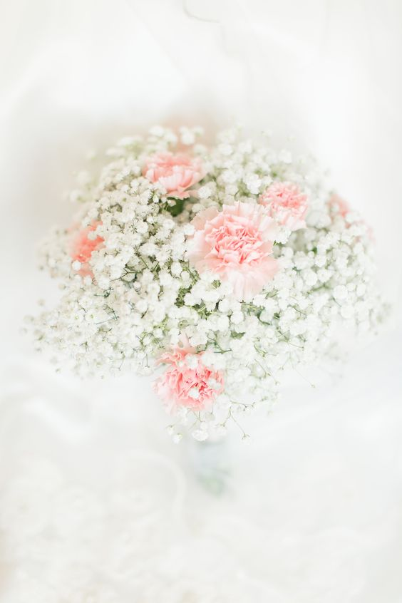 baby's breath and carnation bouquet