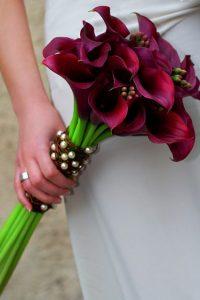 burgundy calla lily fall wedding bouquet